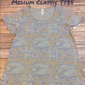 LuLaRoe Medium Classic T